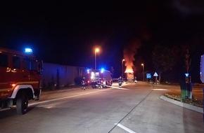 LKW brennt