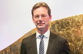 """CosmosDirekt: FinanzSchutz von CosmosDirekt ist """"Versicherungsinnovation des Jahres"""""""