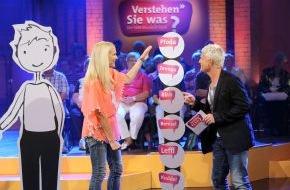 """SWR - Südwestrundfunk: Karaoke auf Moselfränkisch / Sonya Kraus beim Mundartspaß """"Verstehen Sie was?"""" / 9.9.13, 22.30 Uhr, SWR Fernsehen"""