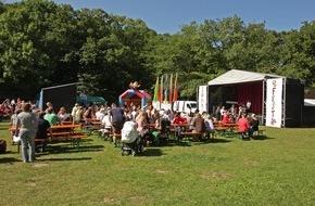 Presse- und Informationszentrum Marine: Marinekommando feiert Sommerfest im Rostocker Zoo