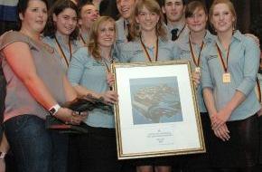 DLRG - Deutsche Lebens-Rettungs-Gesellschaft: DLRG Nationalmannschaft verteidigt Deutschlandpokal im Rettungsschwimmer (mit Bild)
