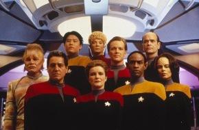 """Syfy: Sci Fi beamt seine Zuschauer auf das """"Raumschiff Voyager"""""""