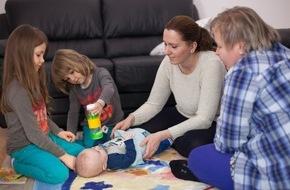 """HfH - Hochschule für Heilpädagogik: Förderung ab Geburt: Ergebnisse der ZEPPELIN-Studie / Opfikon ist erste Zürcher Gemeinde mit """"PAT - Mit Eltern Lernen"""""""