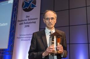 Deutsche Gesellschaft für Schmerzmedizin e.V.: Dr. Günther Bittel mit Schmerzpreis der DGS und DSL ausgezeichnet / Bittel stiftet das Preisgeld für Gesundheitszentrum im syrischen Kobane