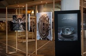 """Bertelsmann SE & Co. KGaA: Außergewöhnliche Foto-Ausstellung """"Last Folio"""" startet in Berlin"""