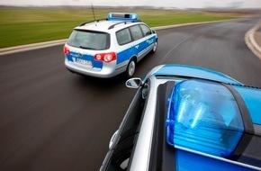Polizeipressestelle Rhein-Erft-Kreis: POL-REK: Arbeiter bei Sturz schwer verletzt - Kerpen