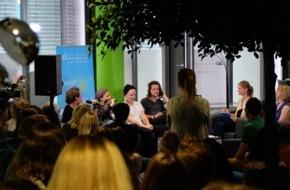 Hochschule Fresenius für Wirtschaft und Medien GmbH: Cat Ballou unplugged: Kölner Band heizt Studierenden der Hochschule Fresenius ein