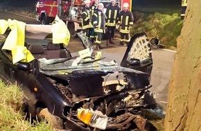 Freiwillige Feuerwehr Lage: FW Lage: Verkehrsunfall mit einer schwerverletzten Person