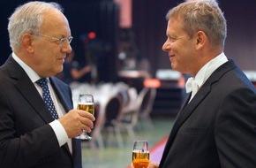 GastroSuisse: GastroSuisse: 125. ordentliche Delegiertenversammlung 2016 in Olten / Bundespräsident dankt dem Gastgewerbe und lädt ein zum Dialog