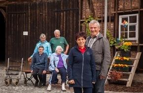 Deutsche Kreditbank AG: 25 Jahre Deutsche Einheit / Kleinstadthelden: Engagiert für Lebensqualität in den Kommunen