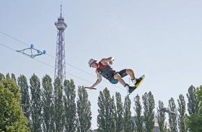 Messe Berlin GmbH: YOU: Wasserspaß mit Weltmeistern und Selfies mit YouTubern (FOTO)