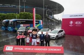 KIA Motors Deutschland GmbH: Kia übergibt Fahrzeugflotte für Fußball-EM