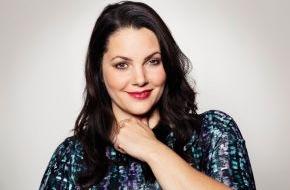 sixx GmbH: Bei Sex-Expertin Paula Lambert geht es mittwochs ans Eingemachte.