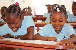 nph deutschland e.V.: Haiti sucht den Superstar / Künstler singen Lieder gegen Kindersklaverei (FOTO)