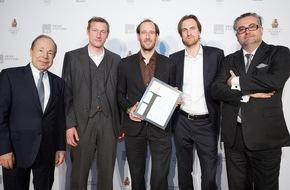 """LightGlass Technology GmbH: """"Forschungs-Oscar"""": LightGlass als Preisträger beim diesjährigen Houskapreis ausgezeichnet - BILD"""