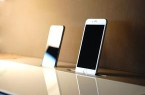 Spectral Audio Möbel GmbH: Sechs-Appeal: Spectral-Möbel jetzt auch mit Docking-Kit für iPhone 6 und iPhone 6 Plus