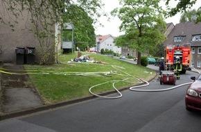 Freiwillige Feuerwehr Menden: FW Menden: Balkonbrand mit vier Verletzten