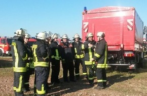 Feuerwehr Arnsberg: FW-AR: Spezial-Einsatzkräfte bewähren sich bei Übung in Dortmund