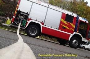Feuerwehr Plettenberg: FW-PL: OT- Eiringhausen. LKW-Brand verhindert. Mitarbeiter eines Entsorgungsunternehmens bemerkt rechtzeitig heiße Ladung