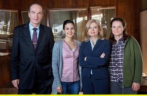 """ARD Das Erste: Das Erste / """"Die Kanzlei"""" - neue Serie mit Sabine Postel und Herbert Knaup ab Dienstag, 8. September 2015, um 20:15 Uhr im Ersten"""