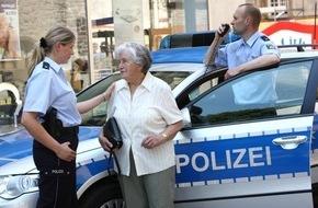 Polizeipressestelle Rhein-Erft-Kreis: POL-REK: Seniorin beraubt - Frechen