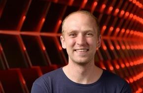 dpa Deutsche Presse-Agentur GmbH: Auszeichnung für Digitalkiosk: Blendle-Gründer Marten Blankesteijn bekommt scoop Award 2015