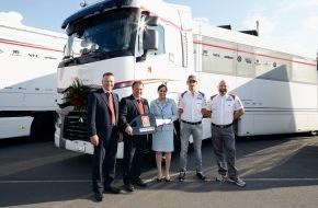 Thomann AG: Vier Trucks an Sauber F1 Team übergeben