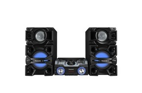 Panasonic Deutschland: Partysound nonstop mit den Panasonic Kompaktanlagen CMAX5 und MAX4000 / Soundkraftwerke mit bis zu 2.400 Watt (RMS) für pulsierende Beats und elektrisierende Lichteffekte