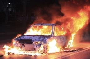 CosmosDirekt: Mai-Demonstrationen: Wer kommt für Schäden am Auto auf? (FOTO)