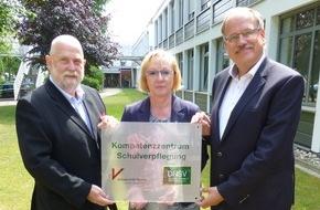 """Deutsches Netzwerk für Schulverpflegung e.V. DNSV: Kompetenzzentrum für Schulverpflegung bekommt öffentliches Gesicht und plant 1. Ringvorlesung mit dem Thema: """"SchulESSEN - Ein starkes Stück Gesundheit"""""""