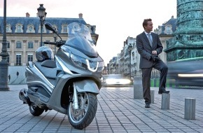 SFZ Schweizerische Fachstelle für Zweiradfragen: Roller und Töffs: Ideale Alternativen zu ÖV und Auto