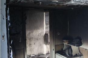 Polizeipräsidium Trier: POL-PPTR: Hoher Schaden entstand bei einem Wohnhausbrand am Freitagnachmittag. Der Bewohner blieb glücklicherweise unverletzt.
