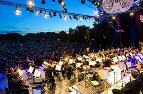Congress- und Tourismus-Zentrale Nürnberg: Nürnbergs Klassik Open Airs beim Picknick im Park
