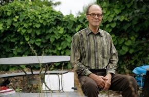 Pädagogische Hochschule Zürich: Emil Wettstein erhält den Bildungspreis 2013 der PH Zürich und der Stiftung Pestalozzianum
