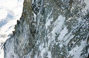 Mammut Sports Group AG: Neuer Rekord am Matterhorn: Mammut Pro Team Athlet Dani Arnold knackt Bestzeit in der Matterhorn Nordwand