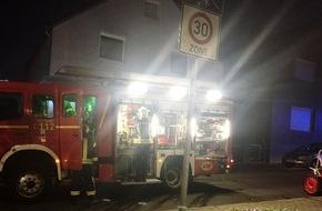 Feuerwehr Gelsenkirchen: FW-GE: Zwei leicht Verletzte durch Rauch in Kellerwohnung