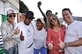 "Campo Bahia: Tito Jackson dreht musikalische Antwort auf Michaels Kult-Video ""They don´t care about us"" in den Favelas von Rio"