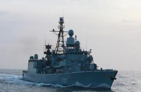 """Presse- und Informationszentrum Marine: Fregatte """"Augsburg"""" sticht in See - """"Berlin"""" und """"Augsburg"""" leisten gemeinsam einen Beitrag zur Operation """"Sophia"""" im Mittelmeer"""
