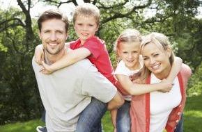CosmosDirekt: Sorglos-Paket für junge Familien: Welche Versicherungen den Nachwuchs schützen (FOTO)