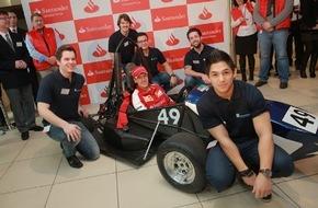 Santander Consumer Bank AG: Formula-Student-Team der Hochschule Niederrhein erhält Tipps von Sebastian Vettel