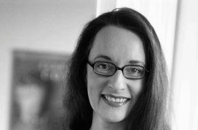 """news aktuell GmbH: """"Der wahrhaft Souveräne stellt sich nicht aufs Podest"""" - news aktuell spricht mit der Kommunikationsexpertin Christiane Wettig über die Kunst der souveränen Präsentation (mit Bild)"""