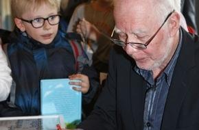 Pro Senectute: Lukas Hartmann gewinnt den Generationenbuchpreis Prix Chronos 2016