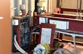 Feuerwehr Lennestadt: FW-OE: Rauchentwicklung aus Fahrstuhlschacht - zwei Personen vorsorglich ins Krankenhaus gebracht