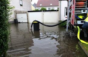 Feuerwehr Essen: FW-E: Essen ist von den Gewitterschauern fast verschont geblieben, zehn witterungsbedingte Einsätze in den vergangenen zwölf Stunden