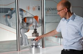 The International Federation of Robotics: Weltweite Studie: Mensch-Roboter-Teams erobern neue Wirtschaftszweige