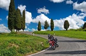 SFZ Schweizerische Fachstelle für Zweiradfragen: Saisonstart: Töfffahren in der Schweiz ist attraktiv