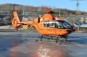 Freiwillige Feuerwehr Menden: FW Menden: Betriebsunfall mit Reanimation