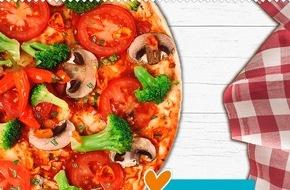 LIDL: Digitale Crowdsourcing-Aktion: Die Lidl-Fan-Pizza / Mehr als 2 Millionen Facebook-Fans können online ihre eigene Pizza kreieren - die Gewinner-Pizza wird im Sommer in den Filialen erhältlich sein