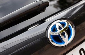 Toyota Schweiz AG: Les ventes des modèles hybrides Toyota poursuivent leur progression! - Part des modèles hybrides supérieure à 33% en Suisse