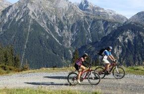 Alpenregion Bludenz Tourismus GmbH: Mit dem E-Bike über Berghöhen und auf die Gipfel/Lünersee-Prättigau-Tour